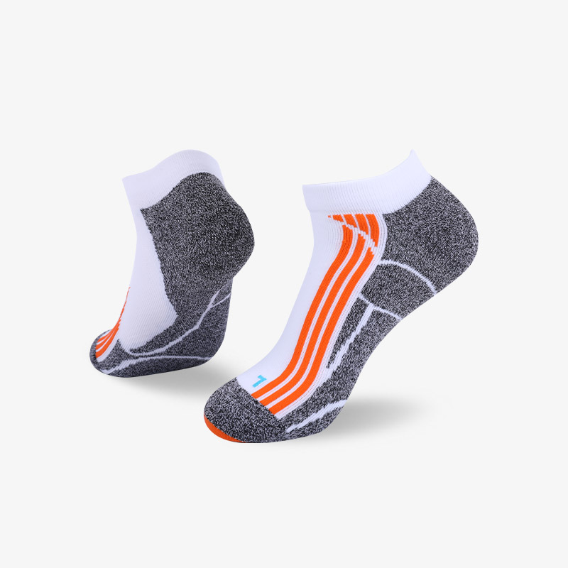 144N White with fluorescent orange stripes sport series terry socks