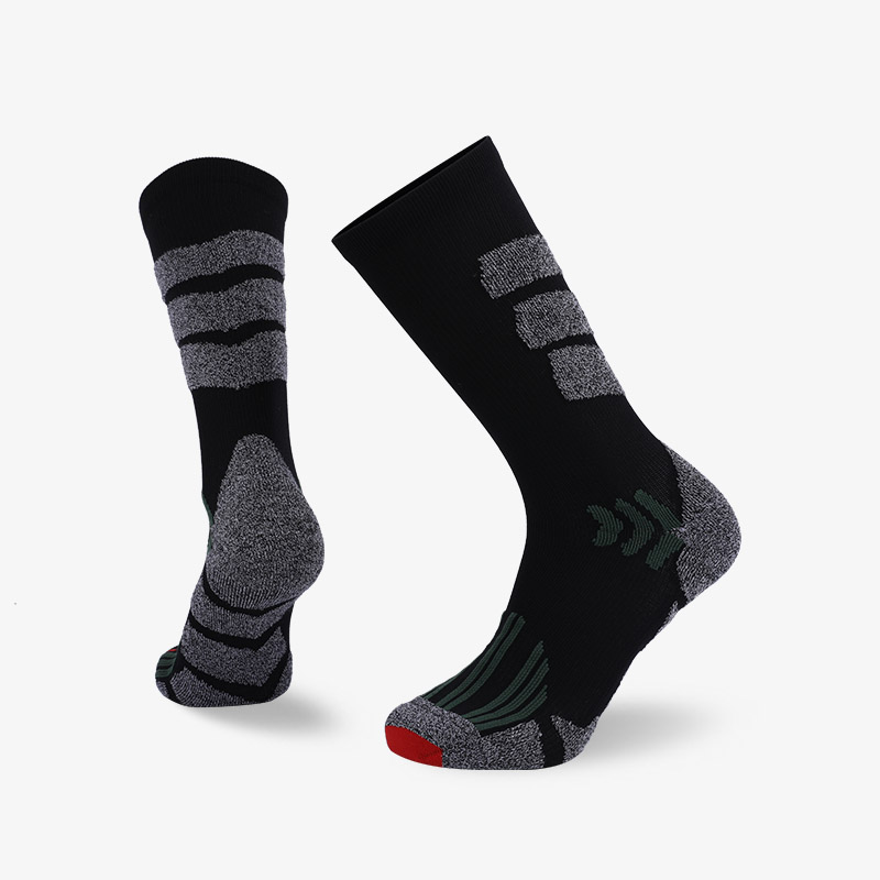 144N Black body gray stripes sport series terry socks