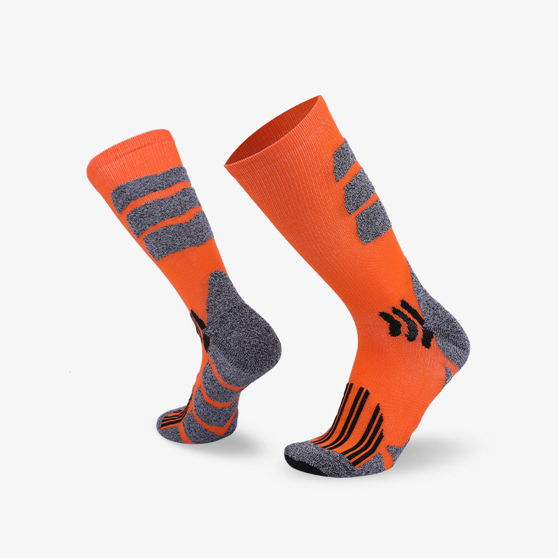 144N Orange body with gray stripes sport series terry socks