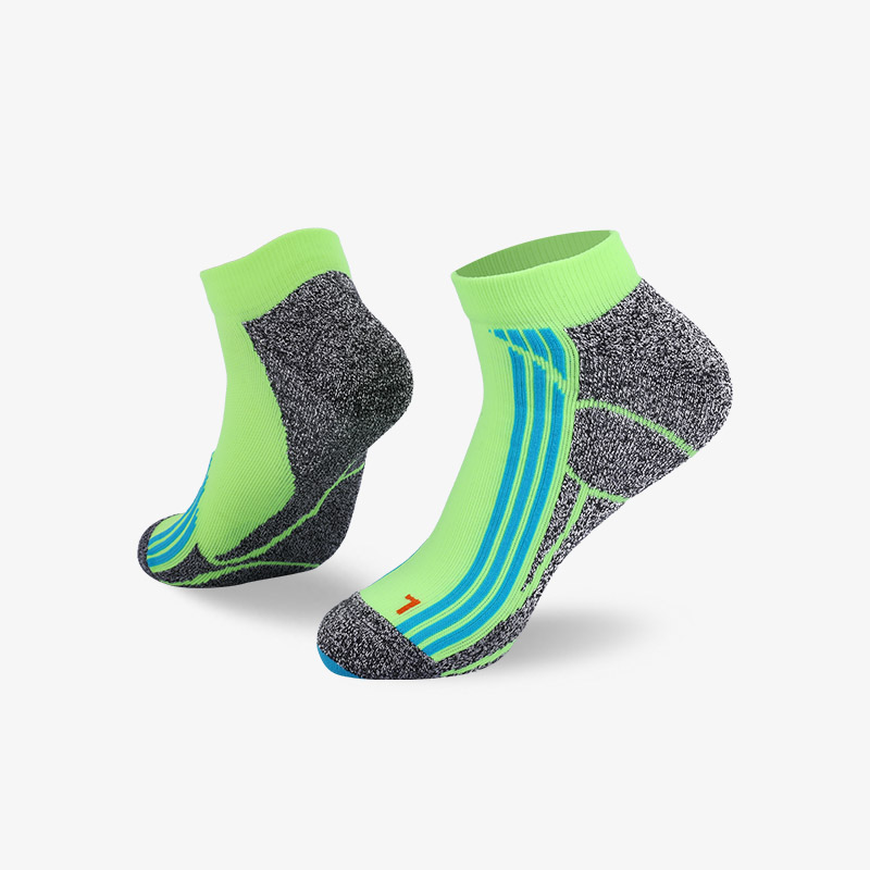 144N Fluorescent green and cyan stripes sport series terry socks
