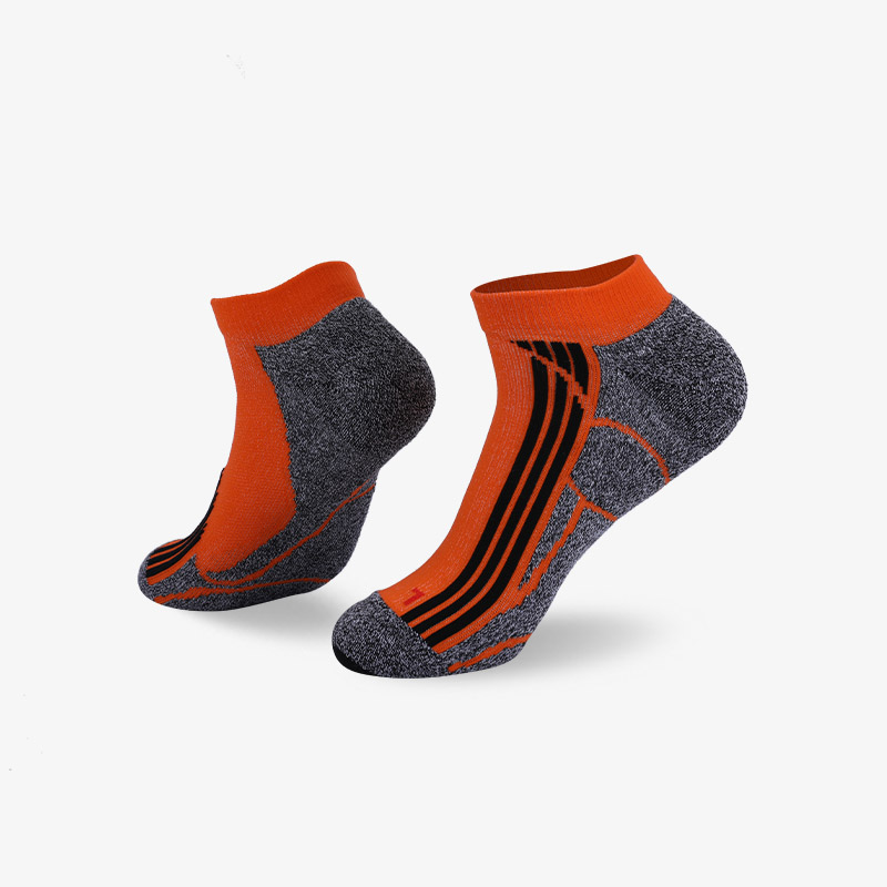144N Orange and black stripes sport series terry socks