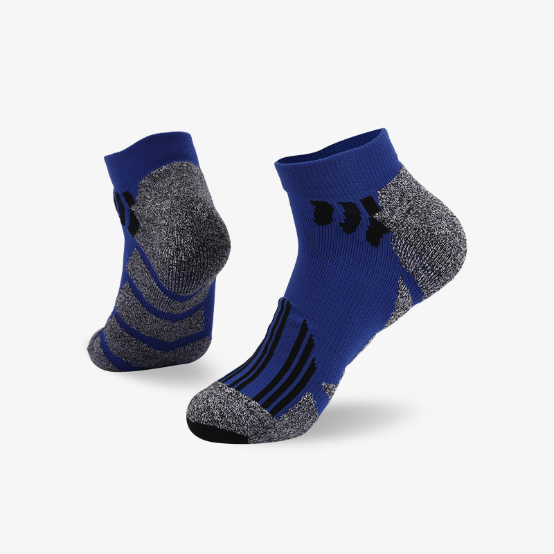 144N Blue and black stripes sport series terry socks
