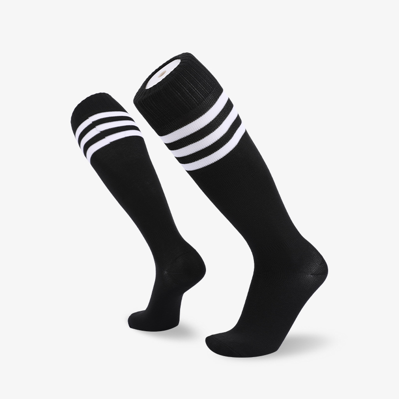 144N Black body with white stripes footbal sock
