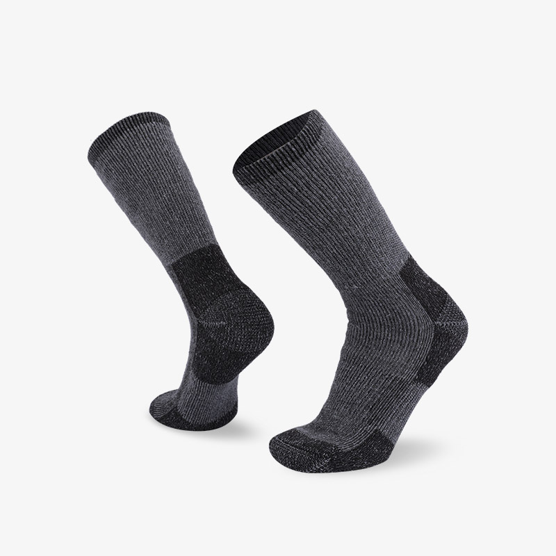 84N Dark gray hiking sock